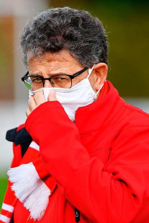 BSC-Vereinschef Dieter Bühler wird das...mit Mund-Nase-Schutz verfolgen können.    Foto: Claus G. Stoll
