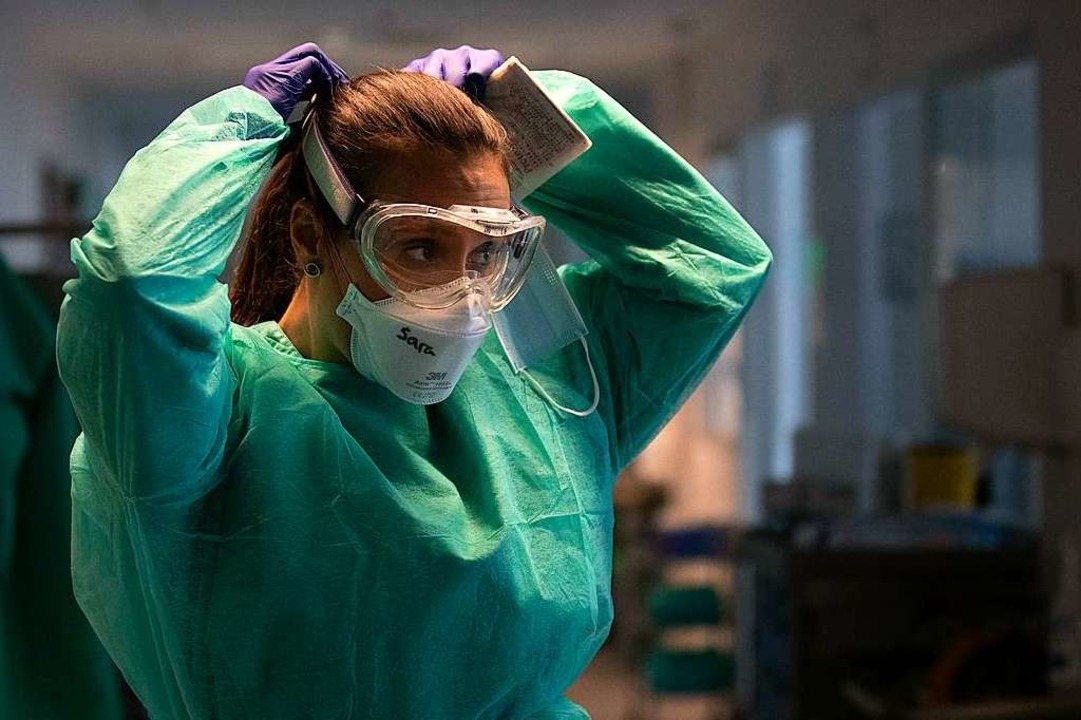 Wie sieht die  Versorgung mit geschultem Personal aus?  | Foto: Manu Fernandez (dpa)