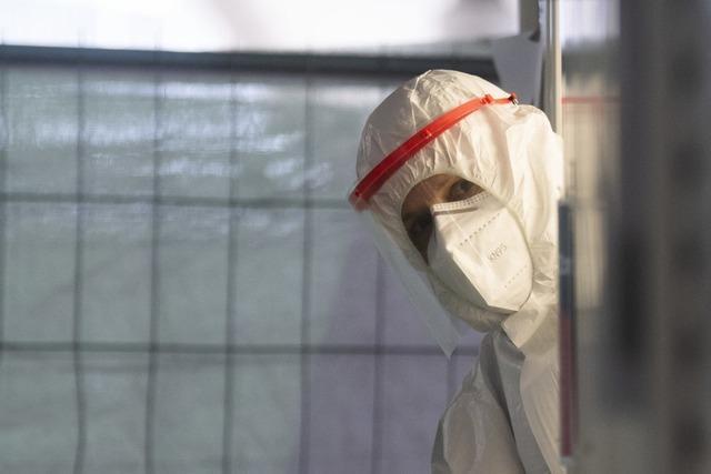 Corona-Newsblog: 6868 Neuinfektionen in Deutschland – R bei 1,35