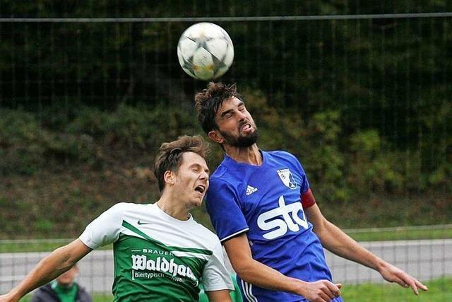 FC Weizen verteidigt gegen Überraschungsteam die Tabellenspitze