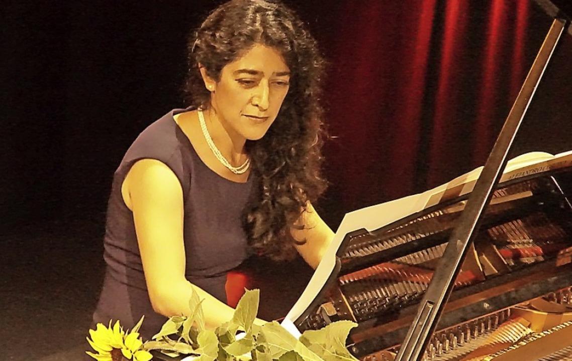 Claudia Corona in der Kumedi  | Foto: Ilona Huege