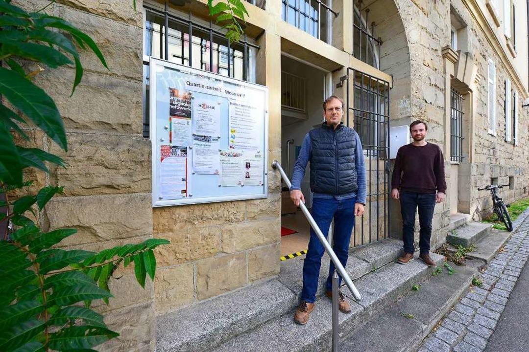 Markus Fugmann (links) und Matteo Schm...haffenen Quartiersarbeit in Mooswald.   | Foto: Ingo Schneider