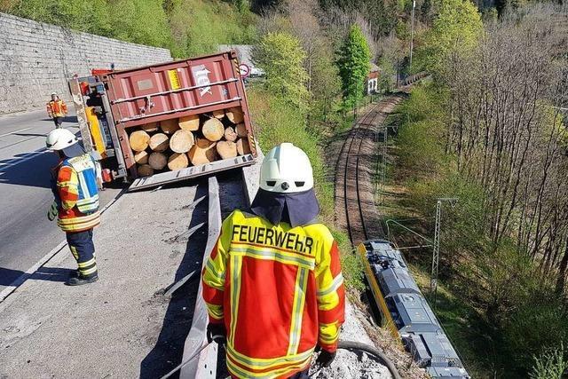 Geldstrafe für Lkw-Fahrer, der folgenschwere Kettenreaktion im Höllental auslöste