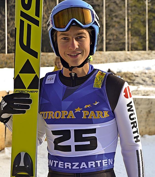 In Oberstdorf bei der Skisprung-DM der...Quirin Modricker vom SC Hinterzarten.   | Foto: Junkel