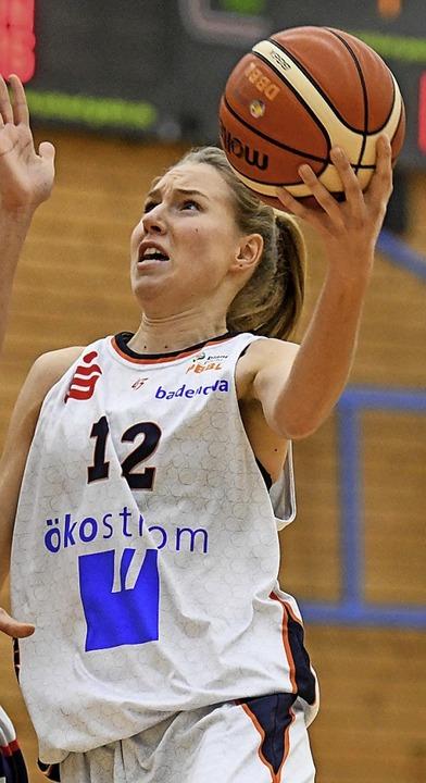 Spielt jetzt fürs zweite Eisvögel-Team: Ilka Hoffmann  | Foto: Patrick Seeger