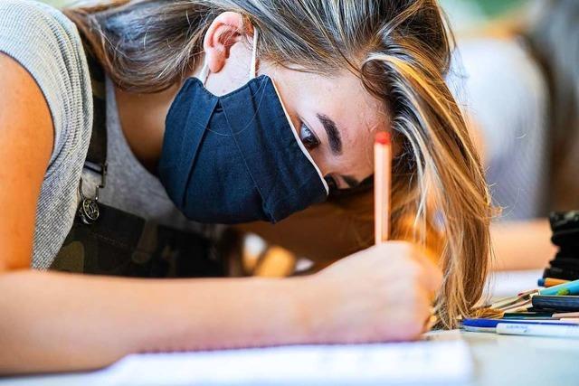 Maskenlos auf dem Pausenhof - Corona-Regeln an Schulen gelockert
