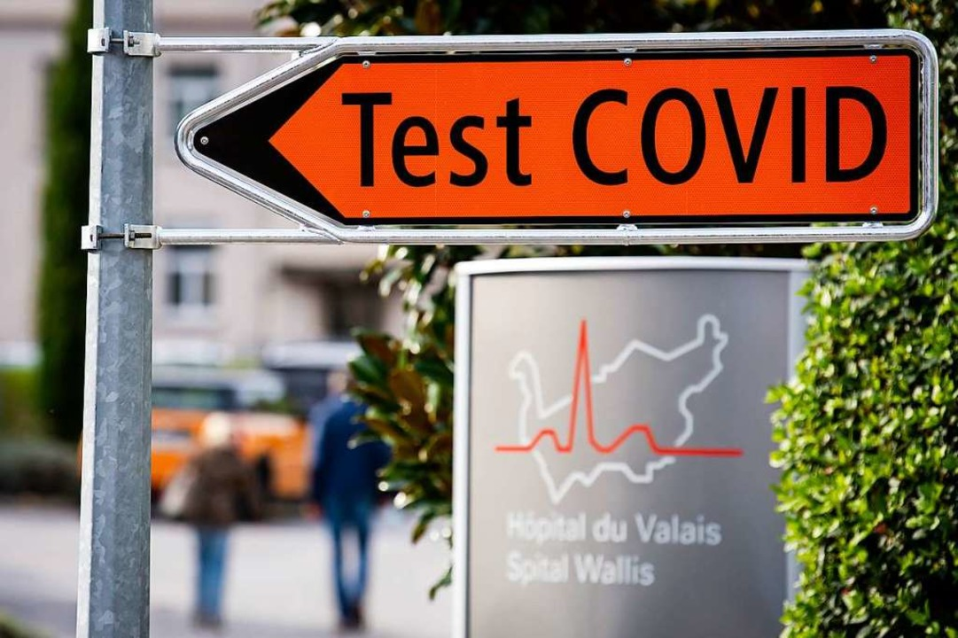 Wegen der hohen Corona-Infektionszahlen ist die Schweiz nun Risikogebiet.    Foto: Jean-Christophe Bott (dpa)