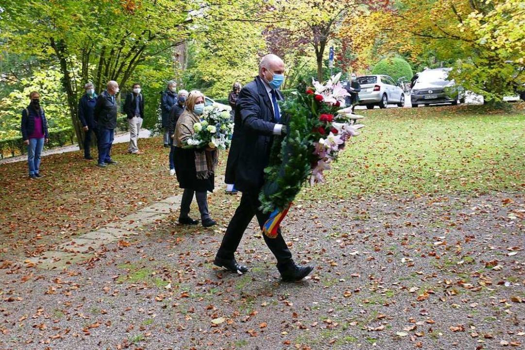 Stefan Schlatterer, Oberbürgermeister ...0 Jahren nach Gurs deportierten Juden.  | Foto: Michael Sträter