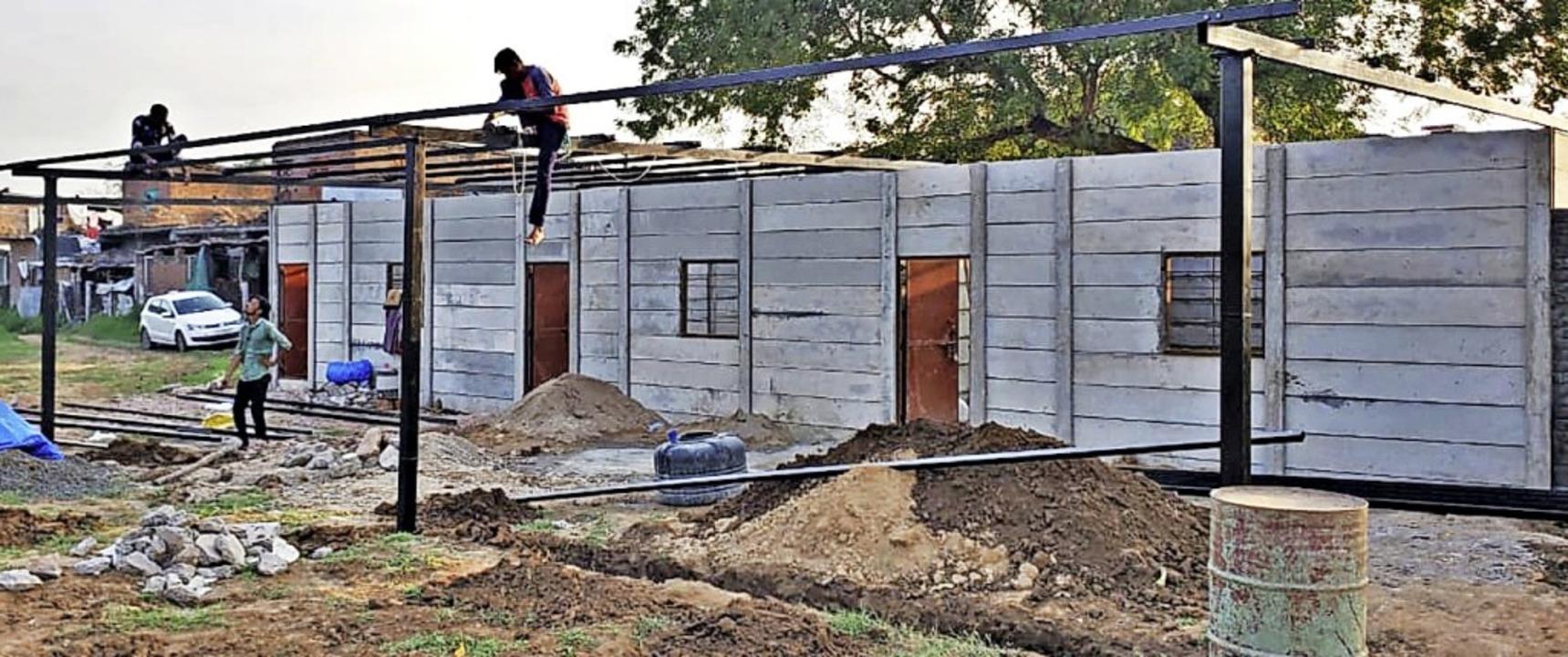 Langsam nimmt die Unterkunft für Perso...d wird von Spendengeldern finanziert.   | Foto: Privat