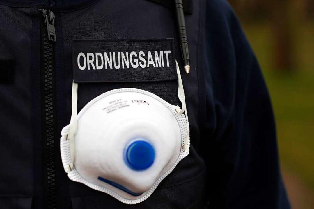 In mehreren Städten und Gemeinden ware...vollzugsdienst oder Polizei unterwegs.  | Foto: Ronny Hartmann