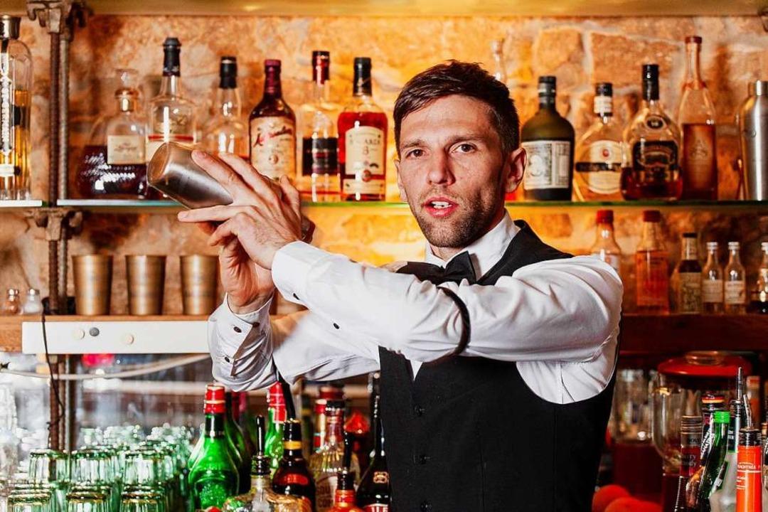 Jan Happle von der Purpur-Cocktailbar ...fühlt sich als Sündenbock hingestellt.    Foto: Sven Ketz