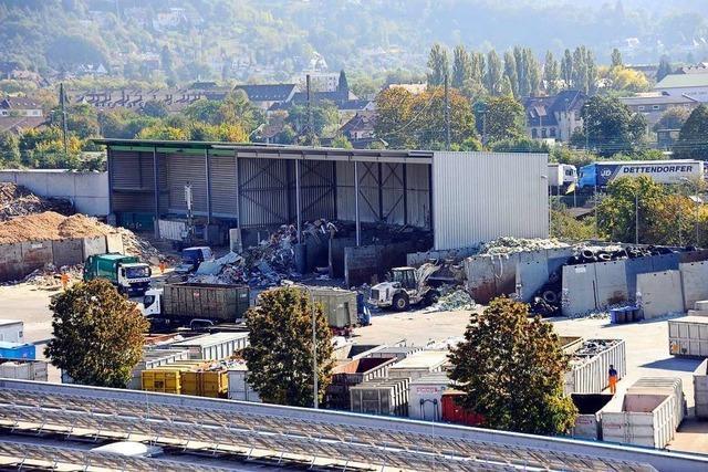 Brand auf Recyclinghof im Freiburger Norden