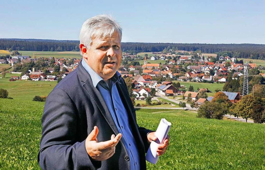 Klinikgeschäftsführer Thomas Müller au...ls Militärgelände genutzt werden soll.  | Foto: Horst Haas