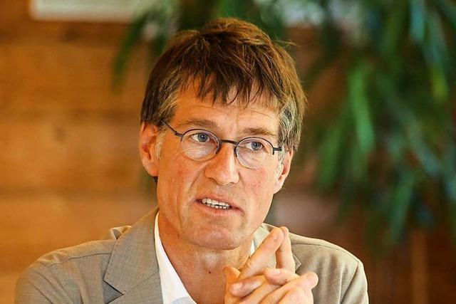 Bürgermeister Jochen Paleit kritisiert die Planung der neuen Kreisstraße