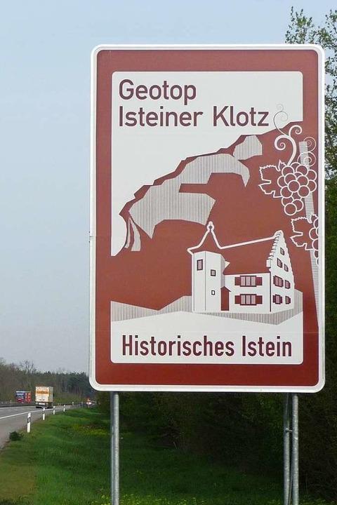 Großes kommt besser im Hochformat: Das Geotop Isteiner Klotz  | Foto: Regierungspräsidium Freiburg