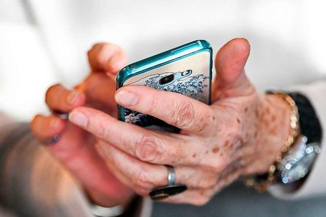 In Zell wird Senioren der Einstieg in die digitale Welt ermöglicht