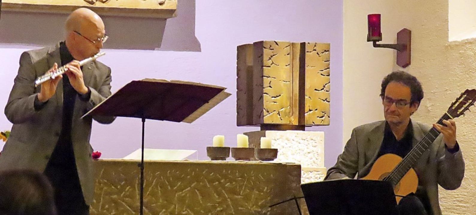 Kammermusik für Querflöte und Zupfinst...nd Frank Scheuerle (Zupfinstrumente).     Foto: Karin Schleyer