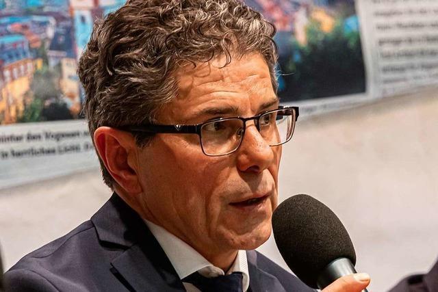Buchenbachs Ex-Bürgermeister Harald Reinhard scheitert in Steinmauern