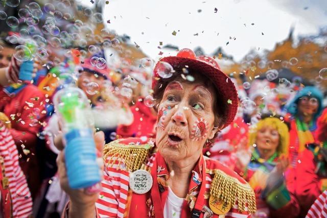 Corona-Newsblog: Köln will mit Alkoholverbot Karnevalstouristen abschrecken