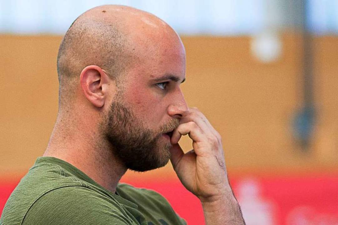 Wartet ab: CVJM-Coach  Matthias Blum  | Foto: KREIENKAMP