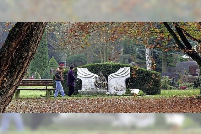Historisch-künstlerisch wichtige Gräber erhalten