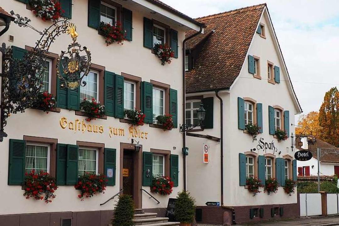 """Der Gasthaus """"Spatz"""" (rechts) öffnet in Kürze als Pop-up-Restaurant.    Foto: Herbert Frey"""
