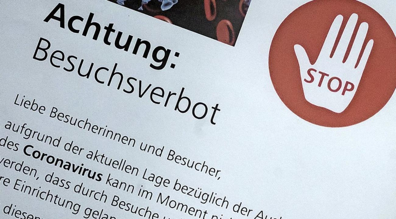 Besuchsverbot gilt von heute, Donnerst...ch im Klinikum Hochrhein in Waldshut.   | Foto: Sebastian Gollnow (dpa)