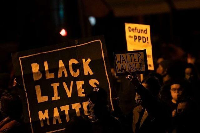 Ausschreitungen nach Tod eines Schwarzen in Philadelphia