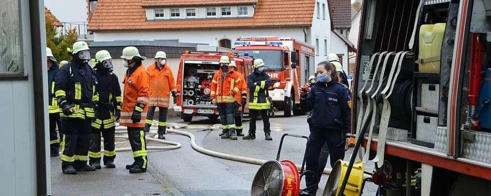 Ein Verletzter bei Wohnungsbrand in Ewattingen