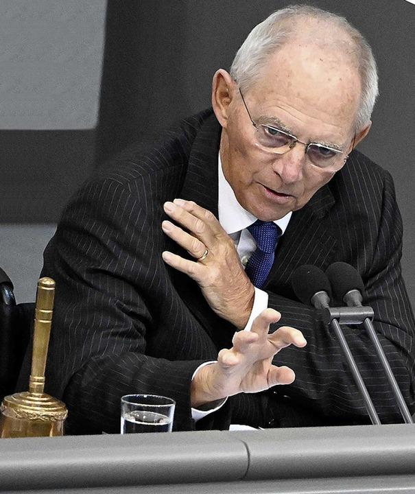 Muss für Ruhe im Streit sorgen: Bundestagspräsident Wolfgang Schäuble      Foto: TOBIAS SCHWARZ