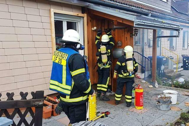 Gießkanneneinsatz hilft der Feuerwehr