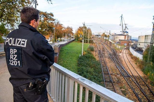 Demonstranten wollen Atommüll-Transport von England nach Hessen blockieren