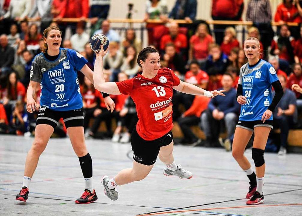 Beständig gut: HSG-Kreisläuferin Carolin Spinner  | Foto: Patrick Seeger