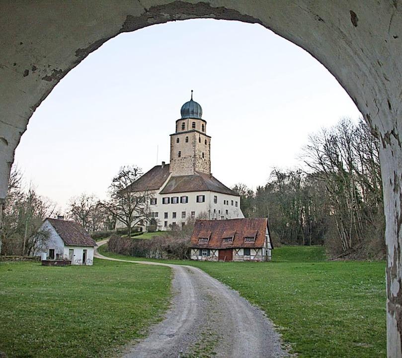Das Schloss Hohenlupfen ist auch für Touristen ein lohnendes Ausflugsziel.  | Foto:  Peter Rosa