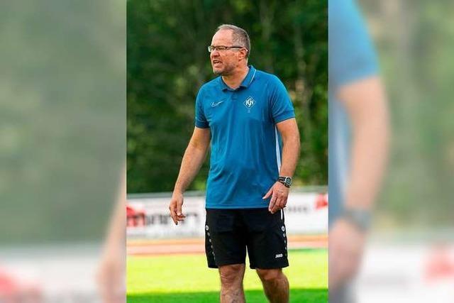 Zeljko Cosic, Trainer des Landesligisten FC Neustadt, nominiert seine Topelf