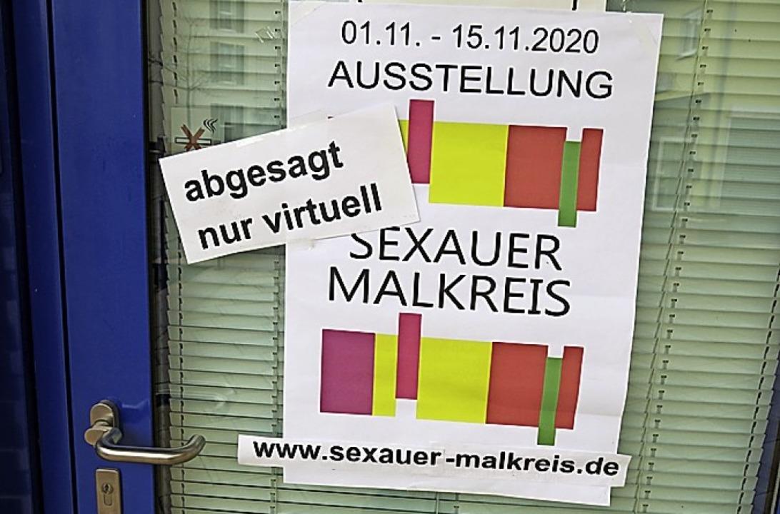 Vor verschlossener Tür standen die Besucher der Ausstellung.  | Foto: Georg Voß