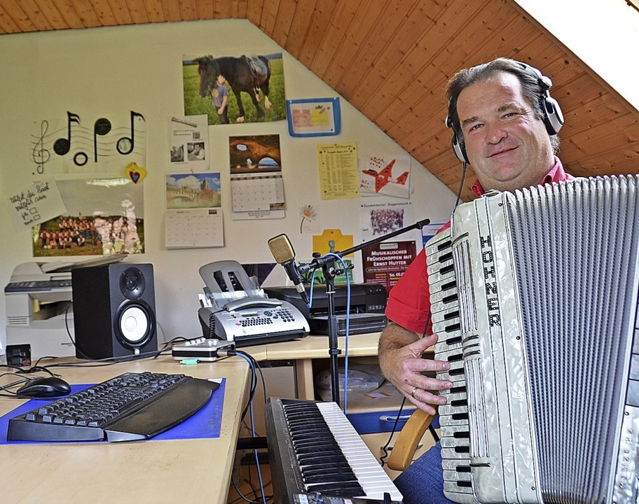 Georg Hummel in seinem Tonstudio.  | Foto: Martin Wunderle