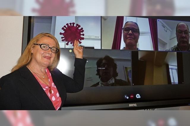 Virtueller Draht zwischen Lehrer und Schülern