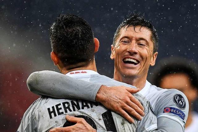 Bayern und Gladbach siegen mit jeweils sechs Toren