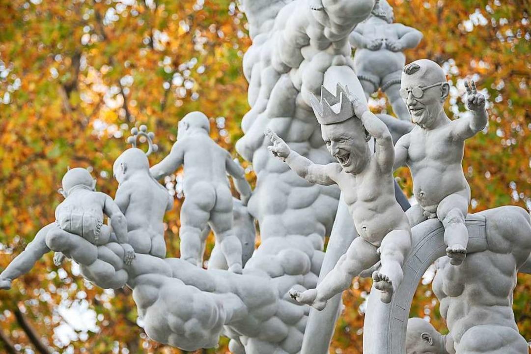Peter Lenks Stuttgart-21-Skulptur vor dem Stuttgarter Stadtpalais    Foto: Sebastian Gollnow (dpa)