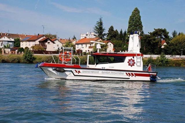 Deutsche und schweizerische Streifen sichern den Rhein