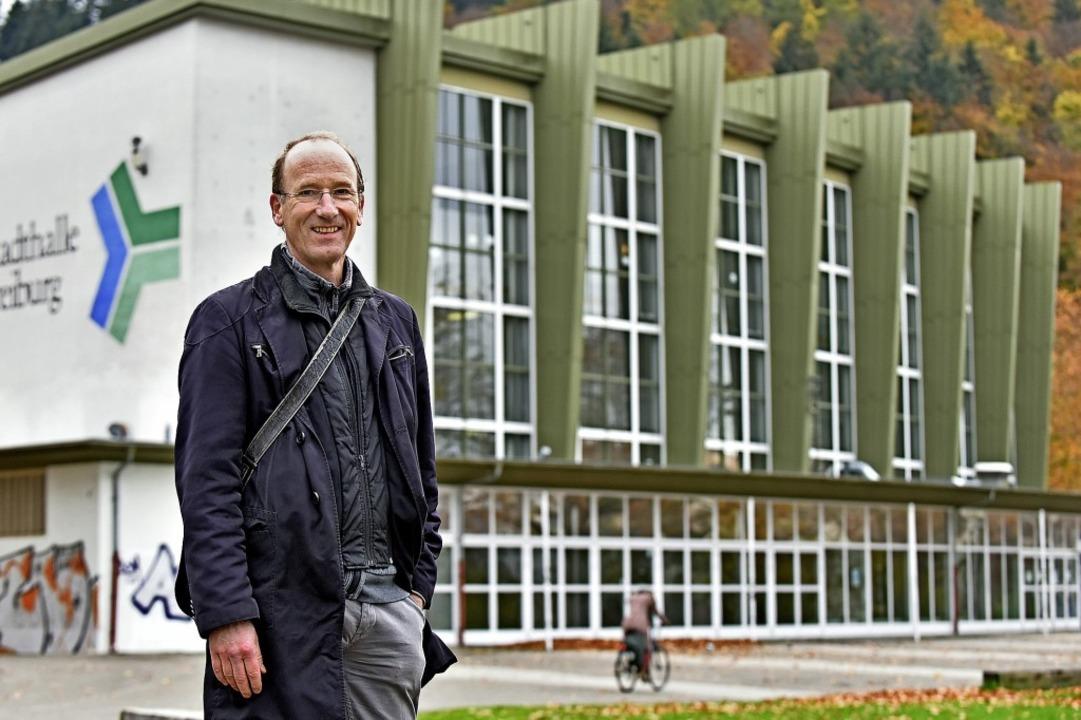 Eckhard Hollweg ist froh, dass die Mus...er Stadthalle erstmal eine Bleibe hat.  | Foto: Michael Bamberger