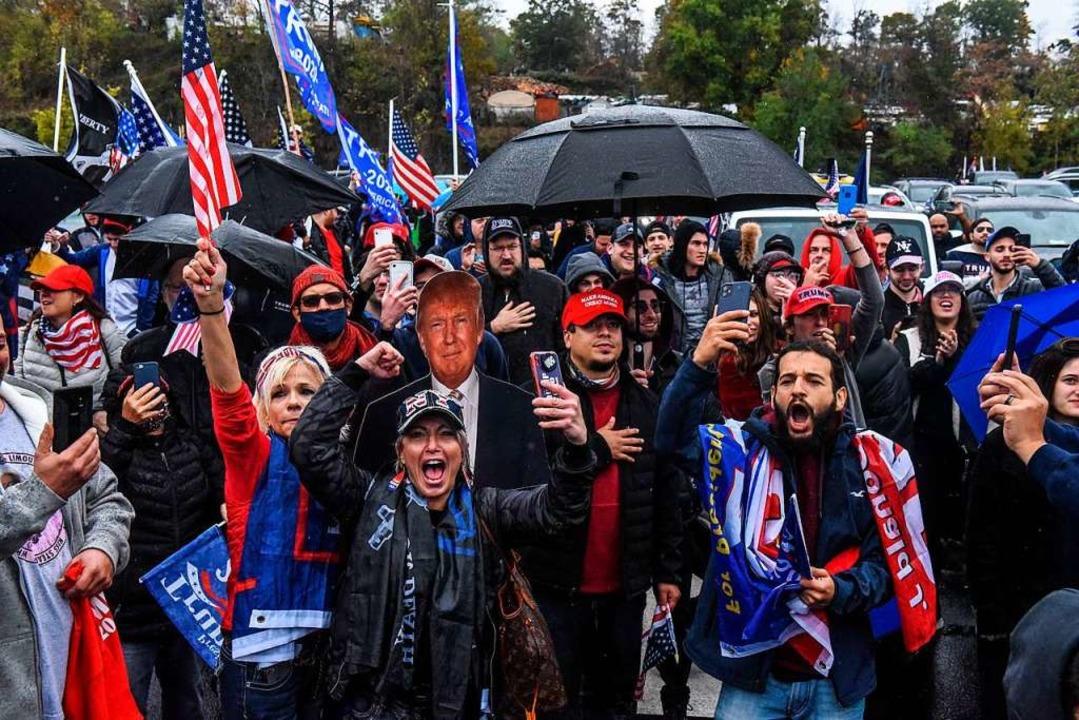 Anhänger von US-Präsident Trump bei ei...aat New York in der vergangenen Woche.  | Foto: STEPHANIE KEITH (AFP)