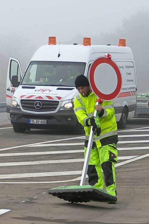 Die Stopp-Schilder kommen weg.  | Foto: Hans-Peter Müller