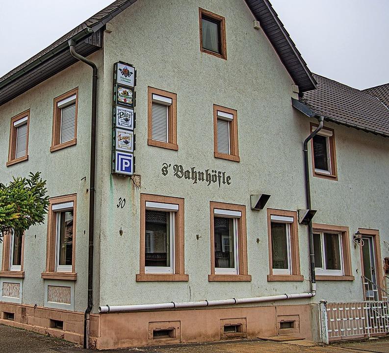 Dem Traditionslokal Bahnhöfle in Ringsheim soll neues Leben eingehaucht werden.   | Foto: Olaf Michel