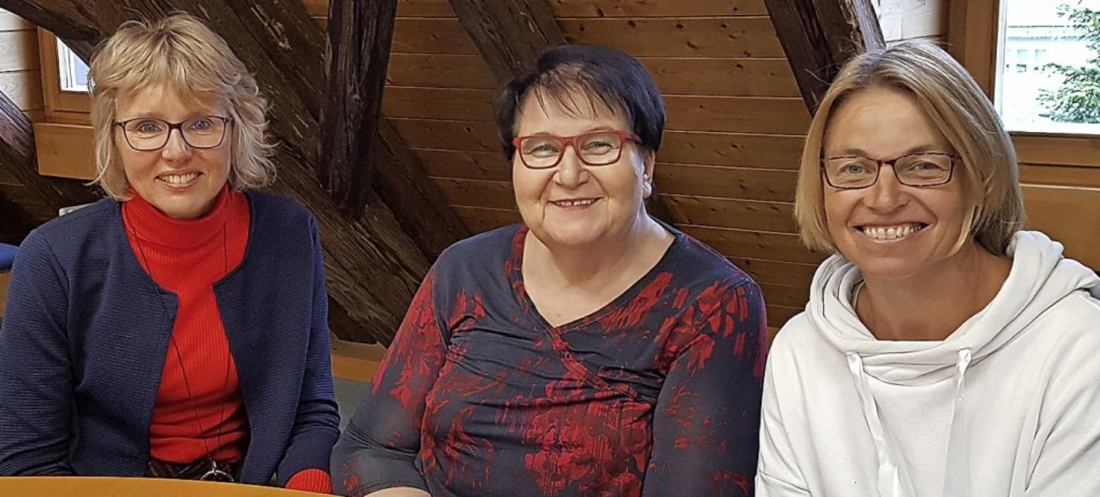 Engagiert für die Pfarrscheune: (von l...sula Gruninger und Lucia Eitenbichler.  | Foto: Beate Zehnle-Lehmann