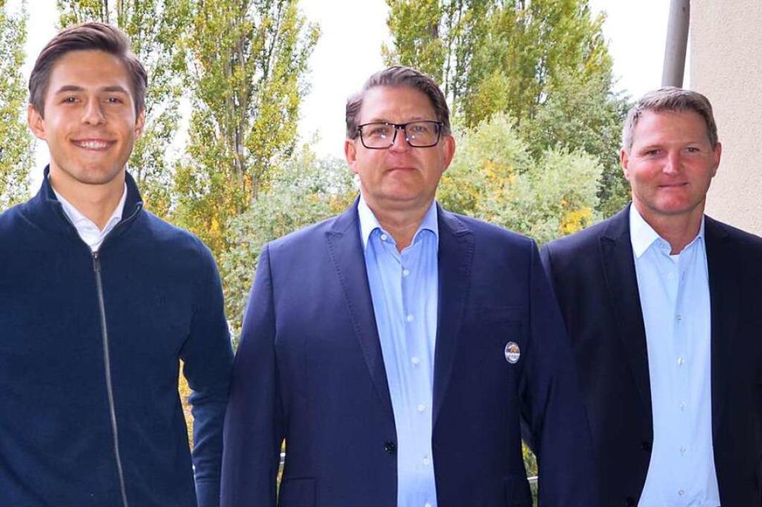 Zwei Generationen Edeka Kohler:  Uwe K...chts) und sein Sohn Maximilian (links)    Foto: Karin Kaiser