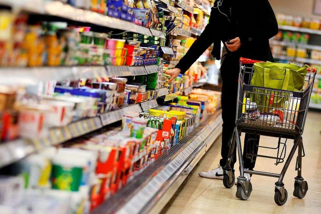 In der Corona-Pandemie kaufen die Deut...hr ein, weil sie öfter zuhause essen.     Foto: Oliver Berg