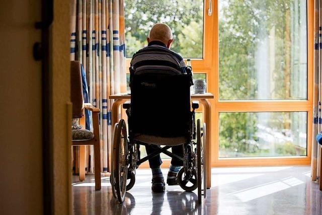 Familienministerin Giffey fordert verstärkte Initiativen gegen Einsamkeit im Alter