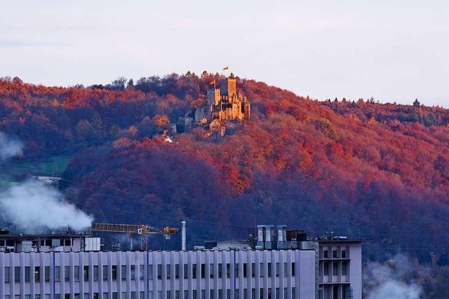 Tagesbeginn: Burg Rötteln bei Sonnenaufgang